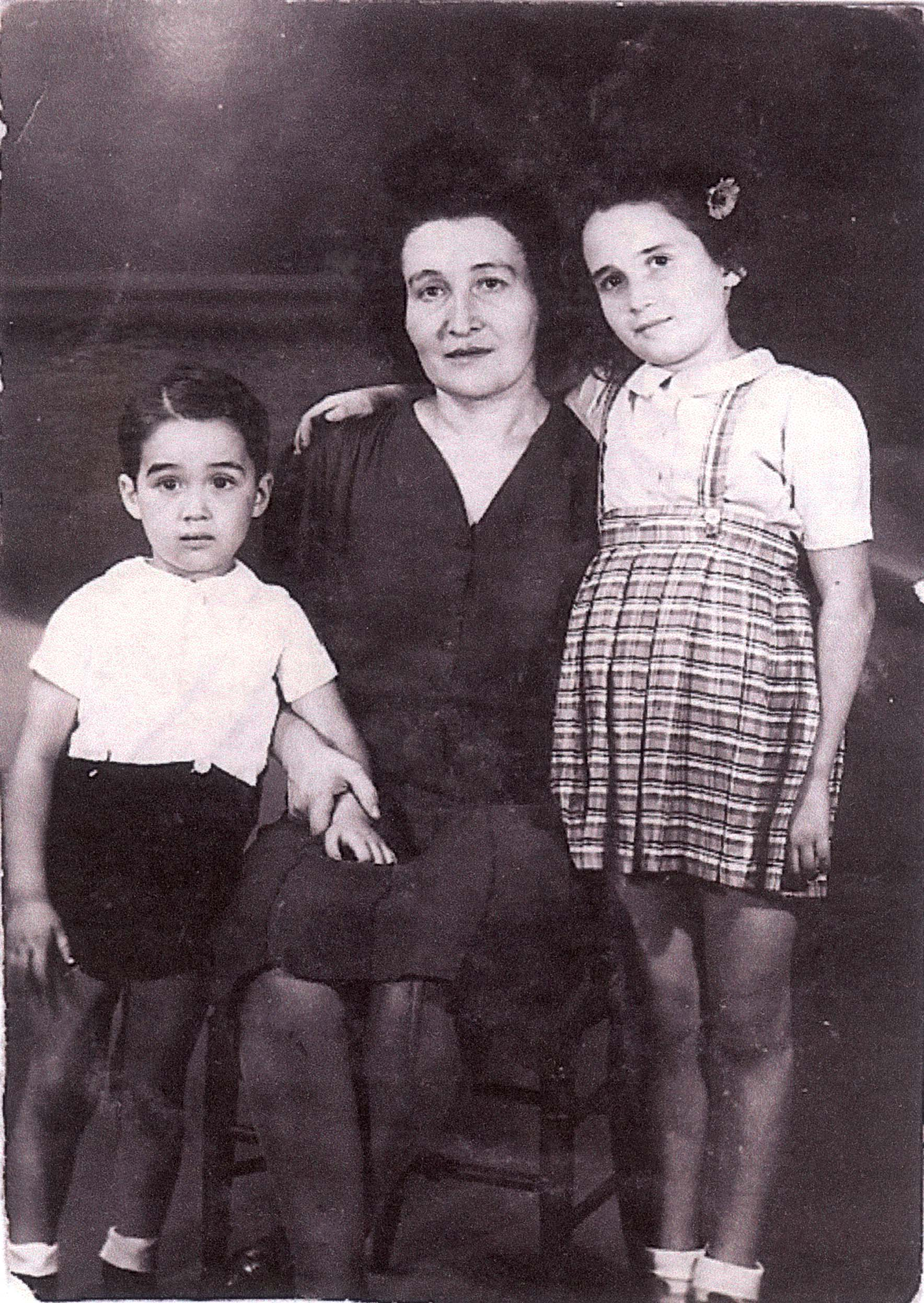 Sara, Jean-Claude and Denise Bystryn . summer 1942