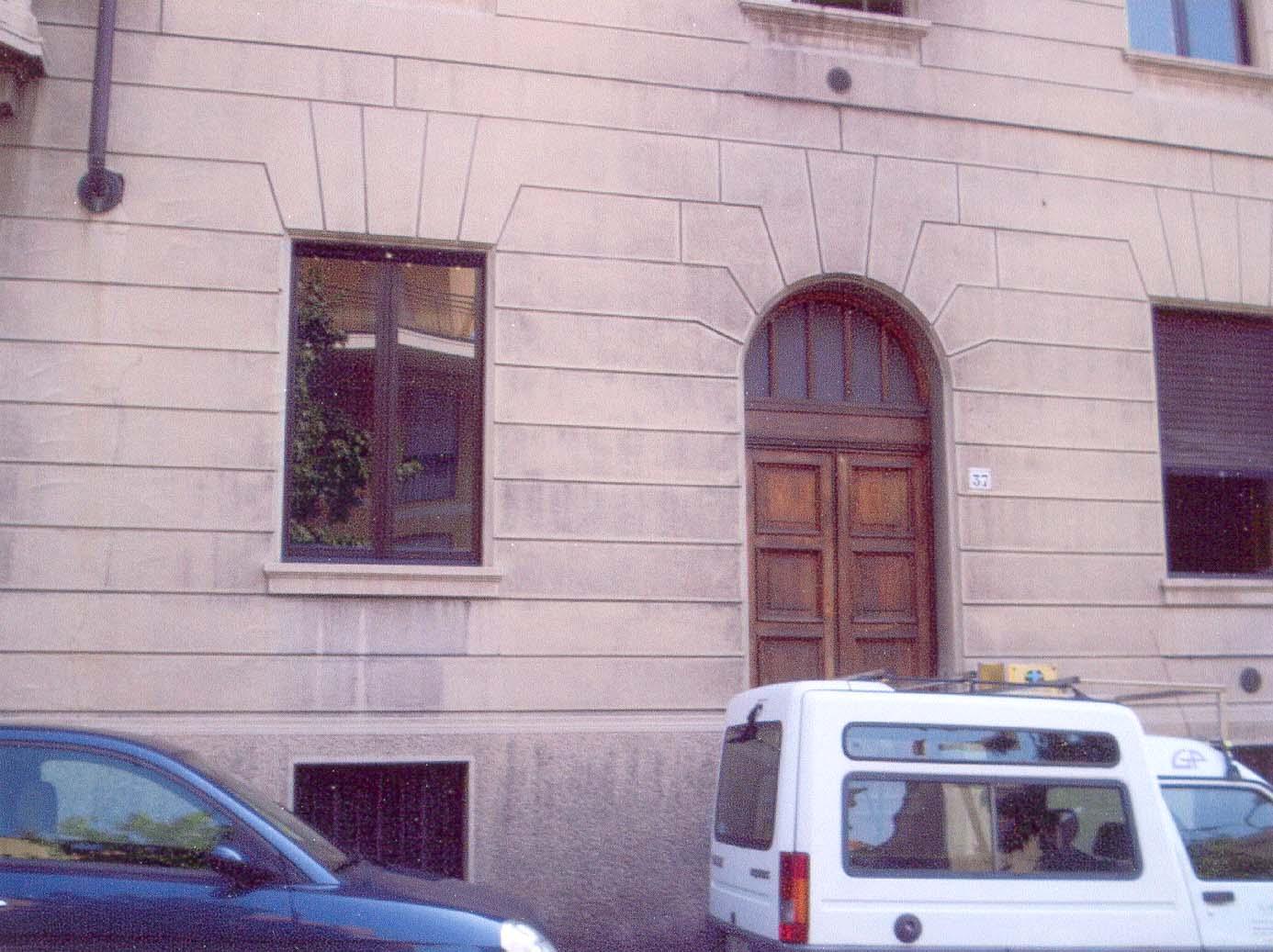 Survivor Vitale Bruno's  family house in Biella where rescuer Rizzeto Carlotta worked as a nunny till 1941.