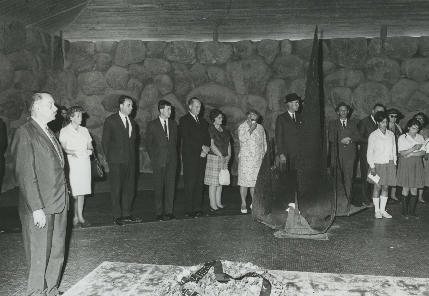 Ceremony in Honor of Wijsmuller Gertud in the Hall of Remembrance. Yad Vashem, 13.04.1967